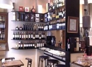 cafe-thibon-vinoteca-wine-bar-en-capital-federal-argentina-3.jpg
